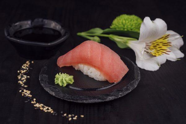 tuna_nigiri